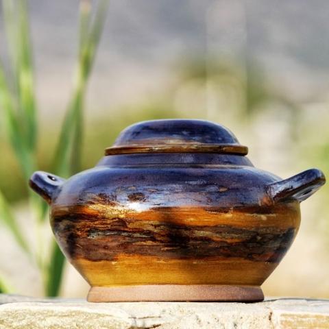 Ceramic terrin